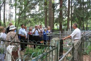 Dr.-Gusseva-haual-kõneleb-Henn-Latt