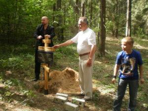 Tänu-Buraševo-omavalitsusele-Rozkovile-ja-Rumjantsevile-sai-Mälestusrist-Pätsile